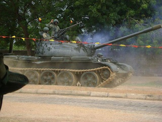 Heavy shelling as Nigerian troops attack Boko Haram to reclaim Michika