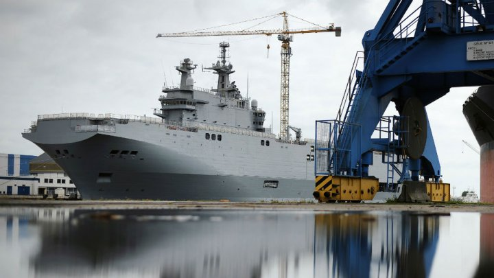 France says cannot deliver Mistral warship to Russia over Ukraine
