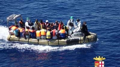 About 750 migrants feared dead Mediterranean shipwrecks
