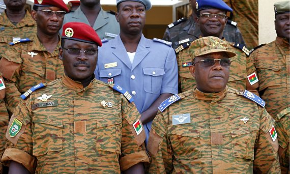 African Union gives Burkina Faso army two weeks  to transfer power to civilians