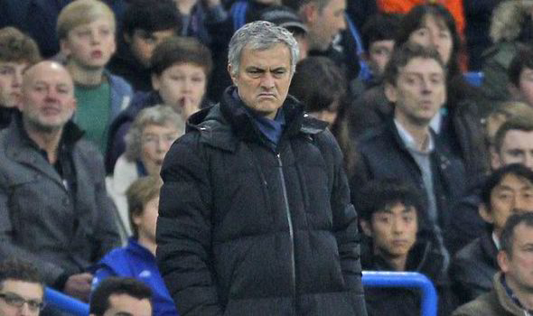 Mourinho breaks club's record in Chelsea's 2-0 win over West Brom