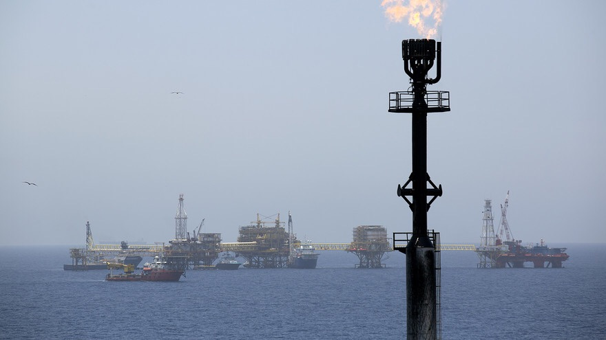Oil prices slide to new lows in New year