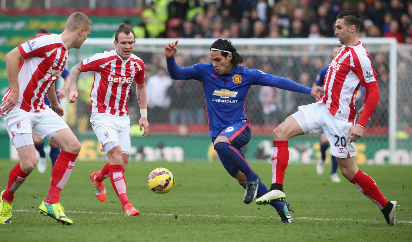 Falcao goal helps Manchester United  avoid defeat at Stoke City