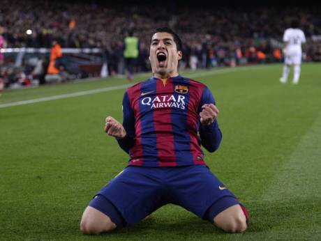 Suarez's stunner hands Barca 2 - 1 victory over Madrid in Clasico