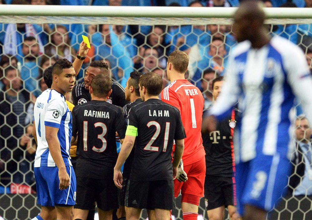 Porto stun heavy favourites Bayern Munich
