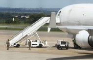 Salary:Workers in aviation industry write Buhari, threaten strike action