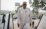 Buhari heads home after 'technical stopover' in London