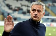 Jamie Carragher: Mourinho needs to follow Klopp's lead