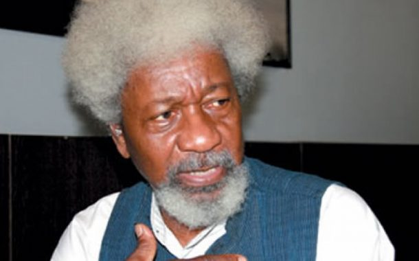 Soyinka fulfills vow, discards his US green card