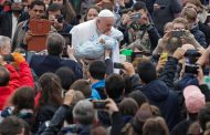 Many Catholics are worse than atheists: Pope Francis