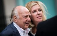 Roger Ailes, co-founder of conservative-leaning Fox News, dies at 77