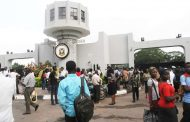 UI female law student jump to death after receiving telephone call