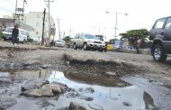 Repairs: FG to shut Apapa Wharf road for one year