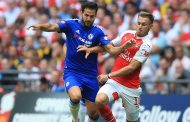 Chelsea lose to Arsenal doomed by  Pedro's red card, Cesc Fabregas' defensive lapse