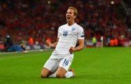 Kane sends lacklustre England to World Cup