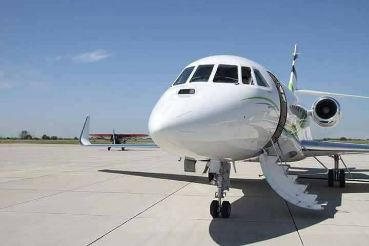 Pastor Chris Oyakhilome  receives a gift of a private jet