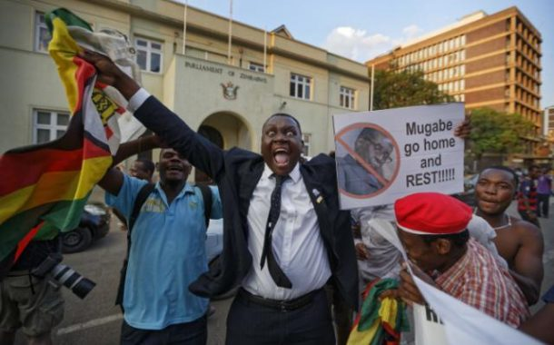 Jubliations in the Streets of  Zimbabwe as Robert Mugabe resigns as President After 37 Years