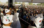 Nine slumps in  kano as massive crowd turn up at Atiku rally