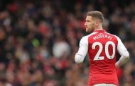 Arsenal make Shkodran Mustafi transfer decision after shock Crystal Palace defeat