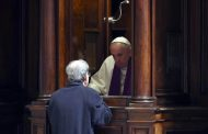 Pope Francis predicts his papacy will be brief