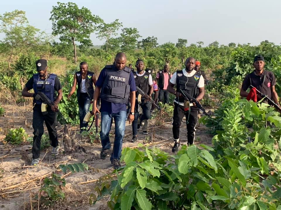 Police officers, boat driver  kidnapped in Rivers