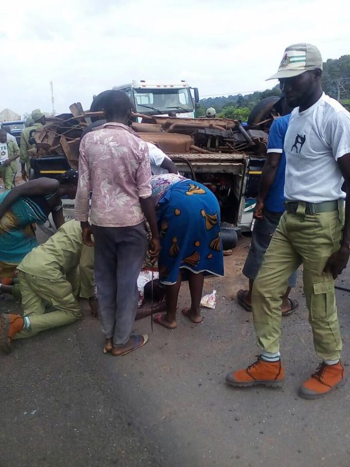 17 NYSC members in auto crash after completing three-week orientation near Jalingo