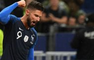 Giroud admits he could leave Chelsea if 'forced to make a choice'