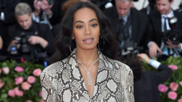Solange Knowles denies cheating with manager, days after announcing split from husband