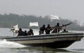 Gunmen attack oil vessel in Bayelsa, kill 4 soldiers, 2 civilians