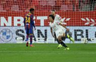 Sevilla double leaves Barca with mountain to climb in Copa del Rey