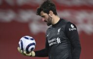 Father of Liverpool goalkeeper Alisson drowns in Brazil