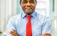 Zambian opposition leader Hichilema takes early lead in presidential vote