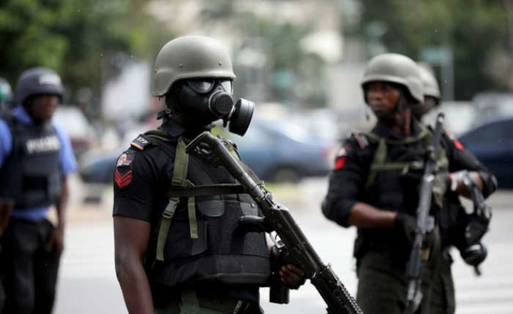 Police brutalise monarch, wife in Enugu, drag him to unknown location